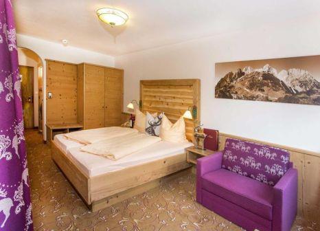 Hotelzimmer mit Minigolf im Sporthotel Tirolerhof