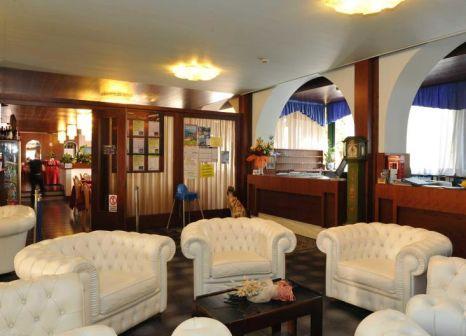 Hotelzimmer mit Minigolf im Hotel Malcesine