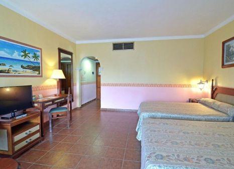 Hotelzimmer mit Mountainbike im Brisas Guardalavaca Villen