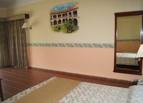 Hotelzimmer mit Volleyball im Brisas Guardalavaca Villen