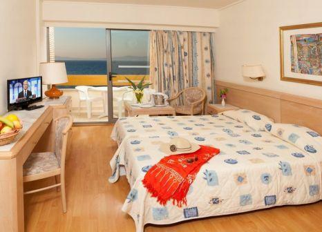 Hotelzimmer mit Tischtennis im Oceanis Hotel