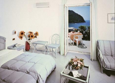 Hotelzimmer mit Pool im Capizzo