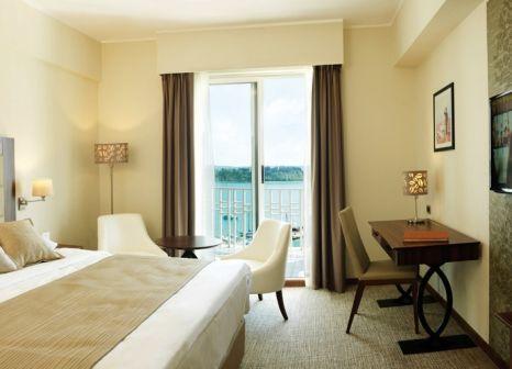 Hotelzimmer mit Yoga im Grand Hotel Portoroz