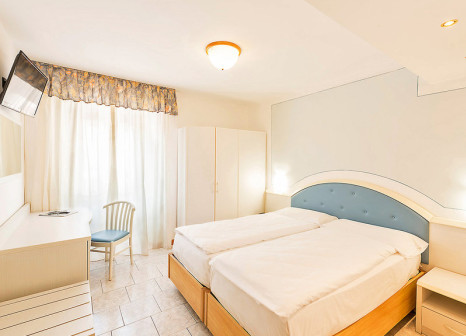 Hotel All'Azzurro 19 Bewertungen - Bild von alltours