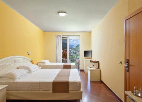 Hotelzimmer mit Yoga im Savoy Palace