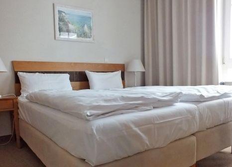 Hotelzimmer mit Mountainbike im Seepark Sellin