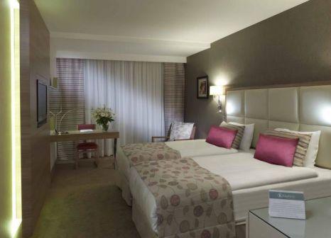 Hotelzimmer mit Tennis im Kaya Izmir Thermal & Convention