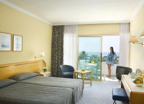 Hotelzimmer mit Golf im Louis Imperial Beach Hotel