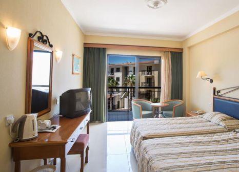 Hotelzimmer mit Tennis im Tsokkos Gardens Hotel