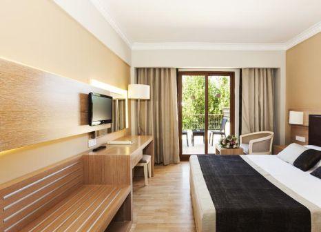 Hotelzimmer mit Fitness im Larissa Stone Palace