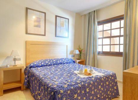 Hotelzimmer mit Mountainbike im Muthu Royal Park Albatros
