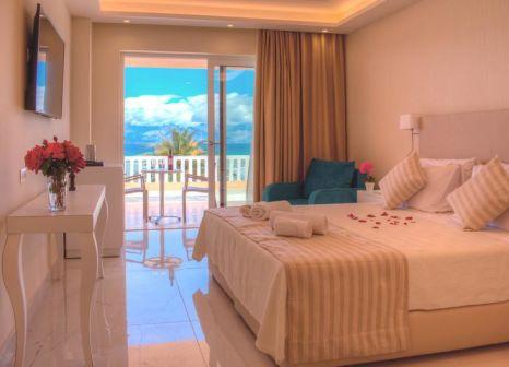 Hotelzimmer mit Volleyball im Ibiscus Hotel Corfu