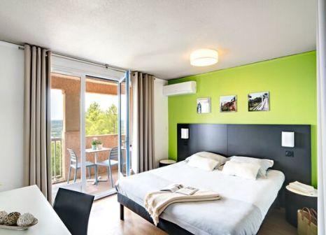 """Hotelzimmer mit Volleyball im Montpezat Club """"Le Verdon"""""""