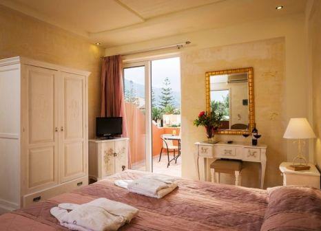 Hotelzimmer mit Tischtennis im Orpheas Resort