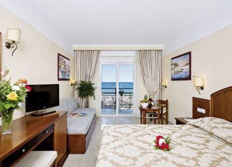 Hotelzimmer mit Mountainbike im Vantaris Beach