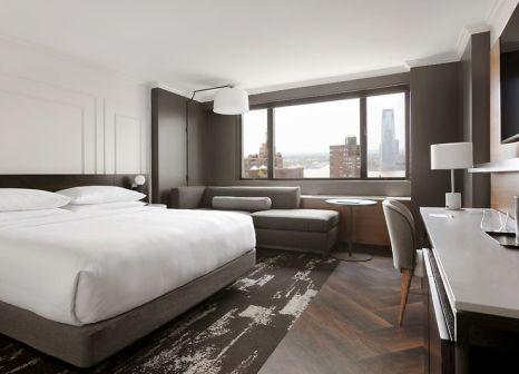 Hotelzimmer mit Kinderpool im New York Marriott Downtown