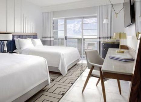 Hotelzimmer mit Tennis im Cadillac Hotel & Beach Club Autograph Collection