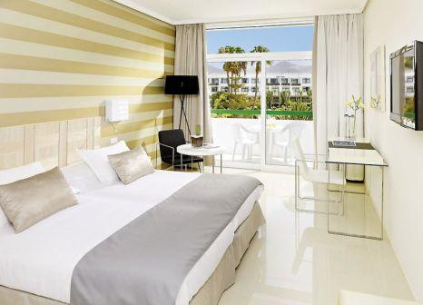 Hotelzimmer mit Volleyball im H10 Lanzarote Princess