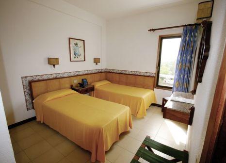 Hotelzimmer mit Mountainbike im Principado