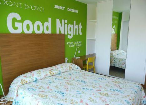 Hotelzimmer mit Wassersport im Apartmamentos Los Aguacates