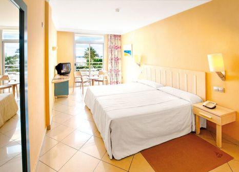 Hotelzimmer mit Volleyball im IFA Altamarena by Lopesan Hotels