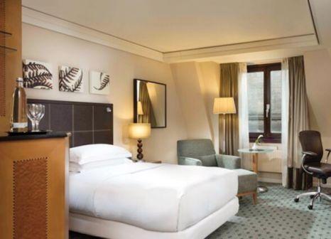 Hotelzimmer mit Aerobic im Hilton Dresden