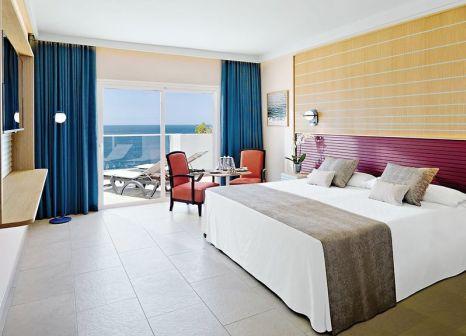Hotelzimmer mit Volleyball im Hotel Roca Nivaria GH