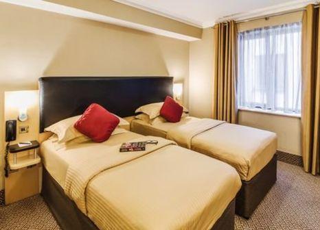 Hotelzimmer mit Spielplatz im Academy Plaza Hotel