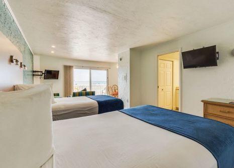 Hotelzimmer mit Volleyball im The Outrigger Beach Resort