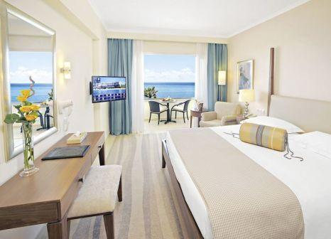 Hotelzimmer mit Yoga im Alexander The Great Beach Hotel