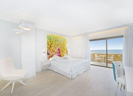 Hotelzimmer mit Mountainbike im Iberostar Playa Gaviotas Park