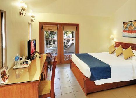 Hotelzimmer mit Volleyball im Novotel Goa Dona Sylvia Resort
