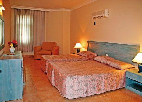 Hotelzimmer mit Tischtennis im Elysee Garden Apart Hotel