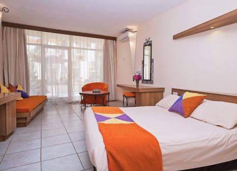 Hotelzimmer im Kombo Beach günstig bei weg.de