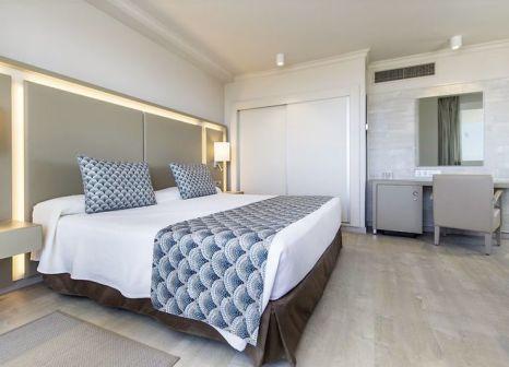 Hotelzimmer mit Volleyball im Spring Hotel Vulcano
