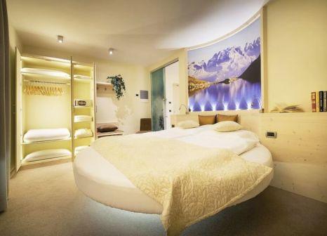 Hotelzimmer mit Tischtennis im Sporthotel Rosatti
