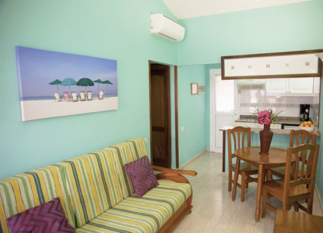 Hotelzimmer mit Mountainbike im Los Almendros Gays Exclusive Vacation Club