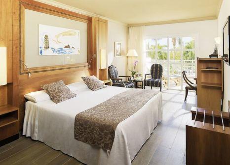 Hotelzimmer mit Mountainbike im Hotel Jardines de Nivaria