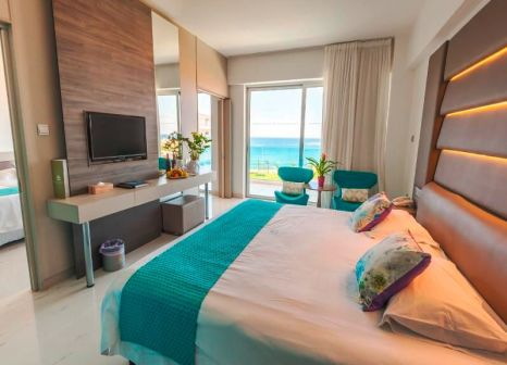 Hotelzimmer mit Fitness im King Evelthon Beach Hotel and Resort