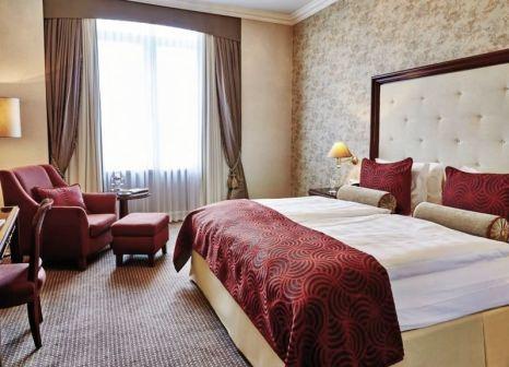 Hotelzimmer im Steigenberger Frankfurter Hof günstig bei weg.de