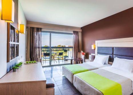 Hotelzimmer mit Yoga im Kipriotis Hippocrates Hotel