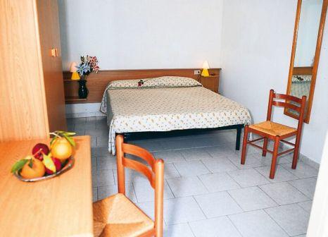 Hotelzimmer im Hotel Marinella günstig bei weg.de