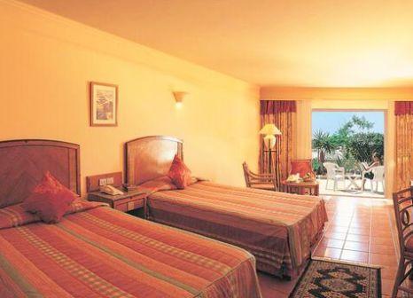 Hotelzimmer mit Yoga im Reef Oasis Beach Resort