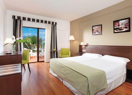 Hotelzimmer mit Tischtennis im TRH Taoro Garden Hotel