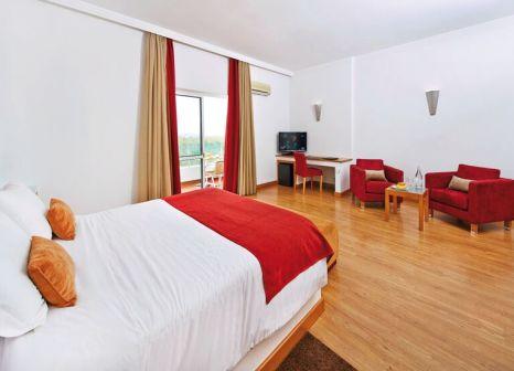 Hotelzimmer mit Mountainbike im Alcazar
