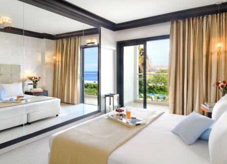 Hotelzimmer mit Yoga im Mitsis Faliraki Beach Hotel & Spa