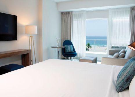 Hotelzimmer mit Volleyball im B Ocean Resort