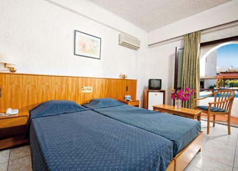 Hotelzimmer mit Tennis im Heronissos Hotel