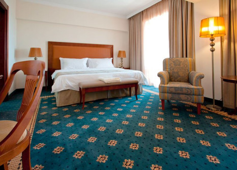 Hotelzimmer mit Mountainbike im Grand Hotel & Spa Primoretz