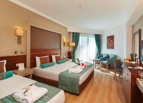 Hotelzimmer mit Volleyball im Side Crown Palace